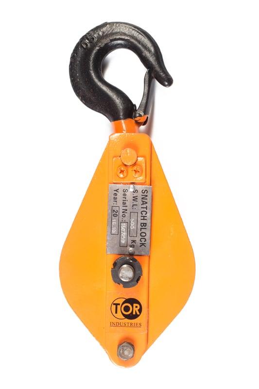 Блок монтажный с крюком TOR HQG(L) K1-0,5 т